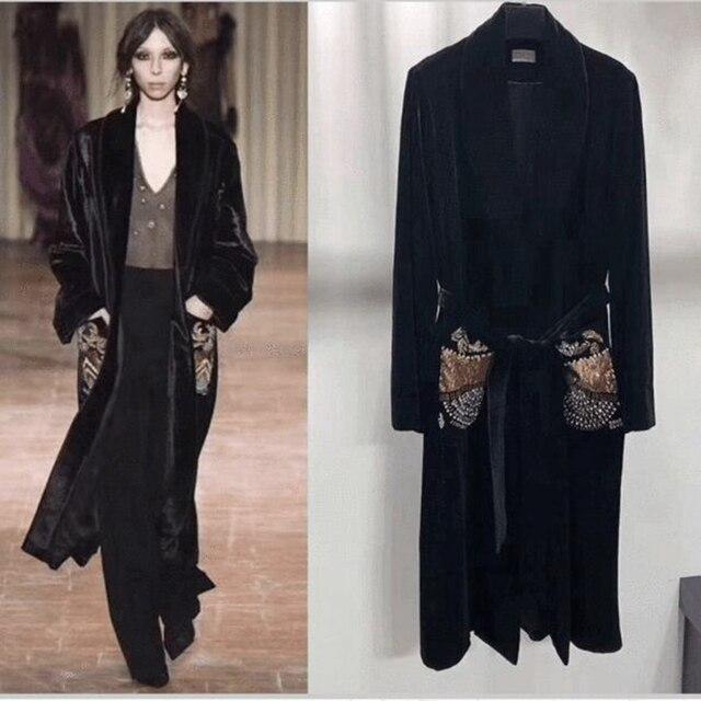 nuevo producto d6b88 1c5ce € 49.96 |Moda más reciente de manga larga Long mujeres negro chaqueta 2018  rebordear terciopelo V cuello Sashes bolsillo Celebrity Causal vestido de  ...