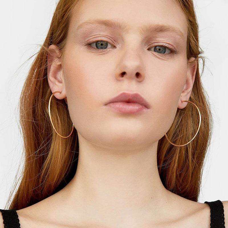 JUST FEEL Fashion Large Women Hoop Earrings 2019 Handmade Resin Round Vinatge Shell Big Loop Earring Party Bohemian Accessories