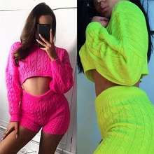Suit-dress Fluorescence Sweater Round Neck Navel Shorts Leisure Time Suit S8335