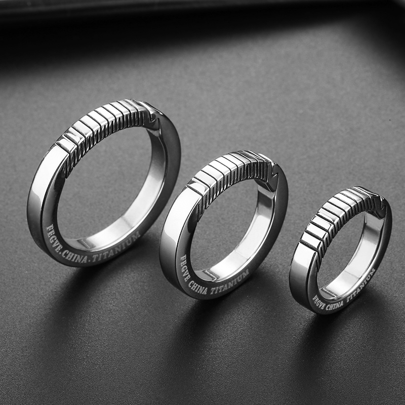 Echt Titan Kreative Schlüssel Kette Männer Frauen Keychain Ultra Leichte EDC Schlüssel Ring Halter Schnalle Luxus Geschenk für Freund Liebhaber