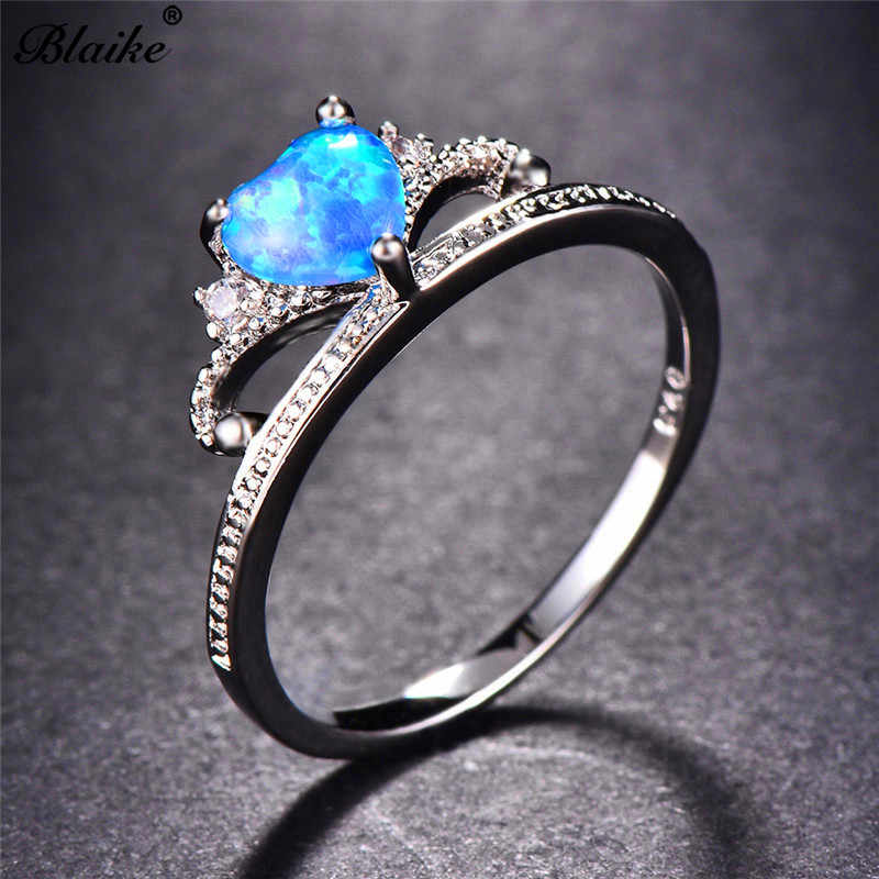 Blaike Rainbow Blue Fire Opal Heart Birthstone แหวนสำหรับหญิง 925 เงินสเตอร์ลิงที่เต็มไปด้วยแหวนมงกุฎเครื่องประดับงานแต่งงานของขวัญ