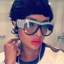 Oversize Diamant Cadre lunettes de Soleil Pour Femmes Hommes 2018 Nouvelle  Mode Marque De Luxe En Cristal lunettes de Soleil de . 3576f91c07fe