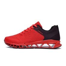 2018 nuevos zapatos de la lámina de la primavera zapatos corrientes respirables wear-resistant zapatos corrientes de la amortiguación que vuelan los zapatos negros de los deportes