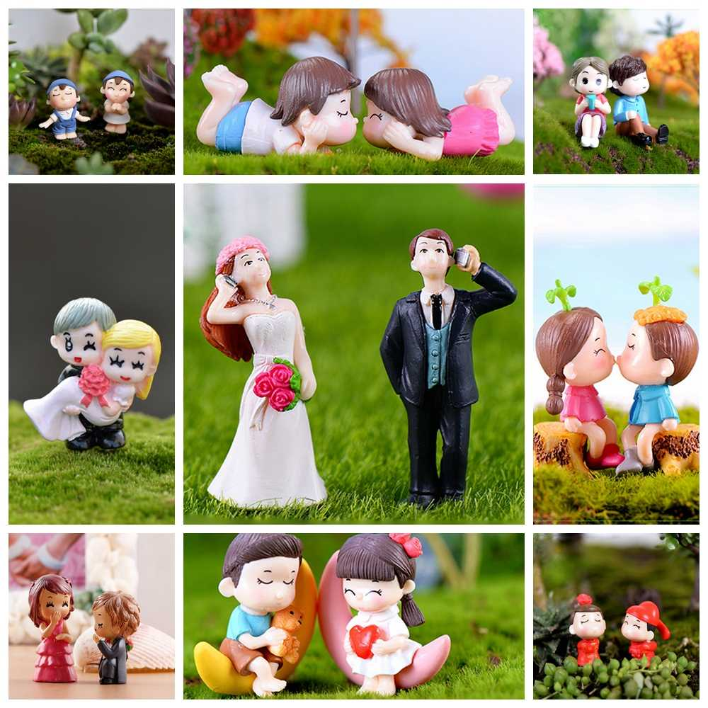 16 Styles Sweety Lovers Figurines Couple Chair Miniatures Fairy Garden Gnome Moss Terrariums DIY Resin Crafts Home Decoration