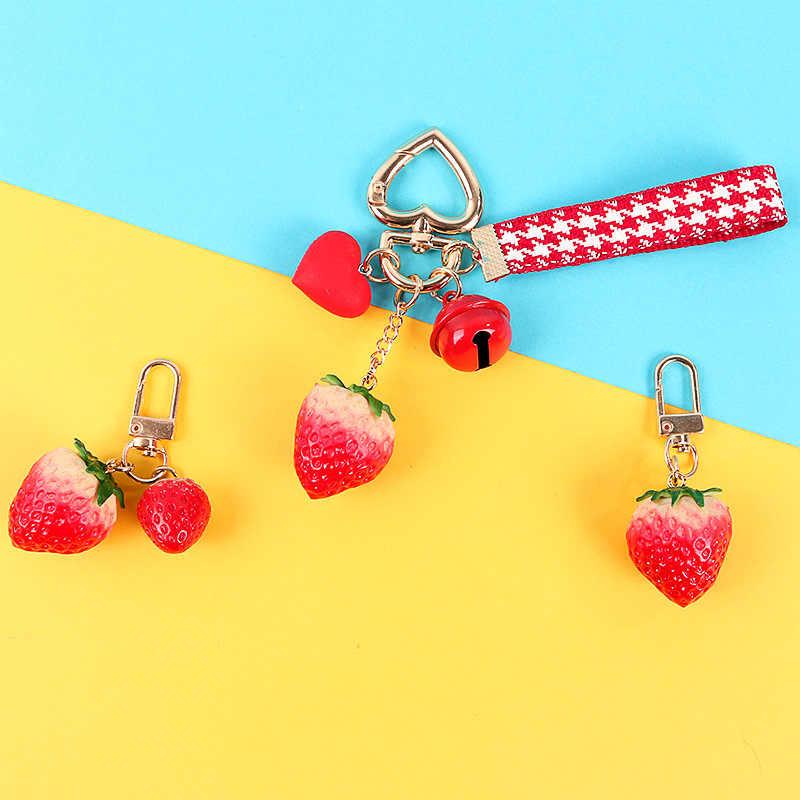 Милый Колокольчик в виде клубники Брелок Детские Необычные брелоки для женщин сумка подвеска Подвески Мобильный Ремень для телефона Брелоки-украшения