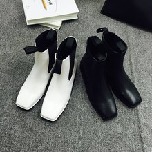 2016 New Fashion Women Timber Boots White Leather Work Martin Boots Lady Winter Casual Ankle Square toe Boots Brand Flat Zapatos