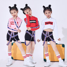 Hip Hop Kids Girl Jazz Dance niño animador disfraz manga larga con capucha  Top negro pantalones cortos traje escenario baile rop. 3c631fb87d9