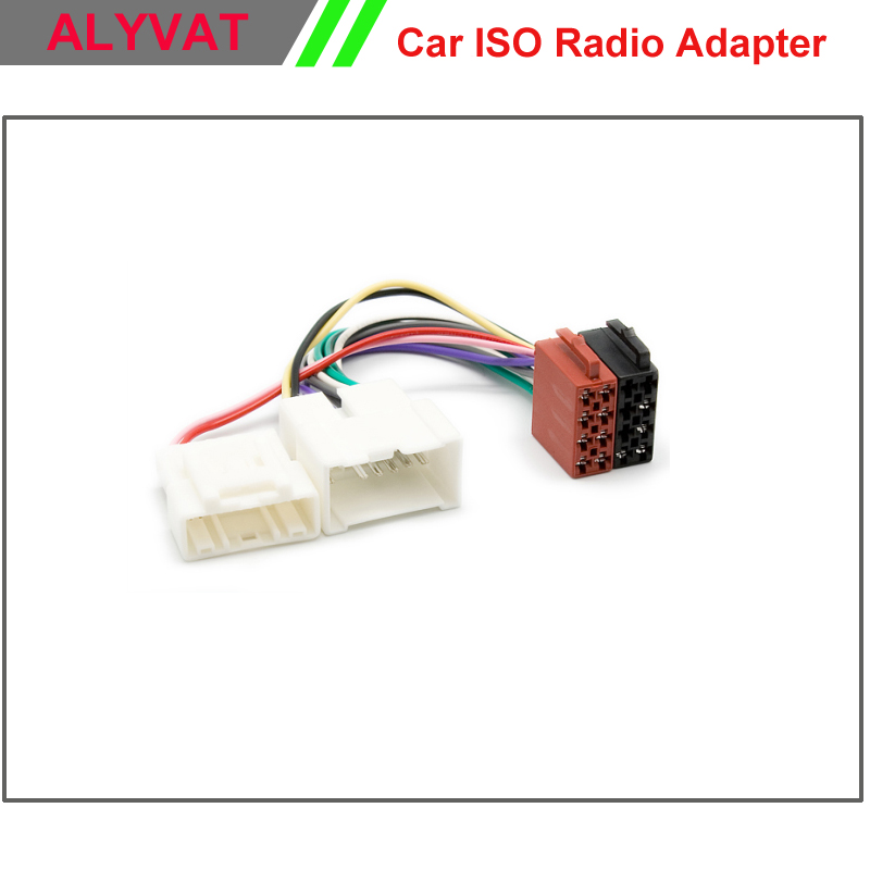 Car ISO Wiring Harness For RENAULT Logan Sandero Duster 2012+ Power Radio Wire Cable Auto Stereo Adapter Connector Adaptor Plug