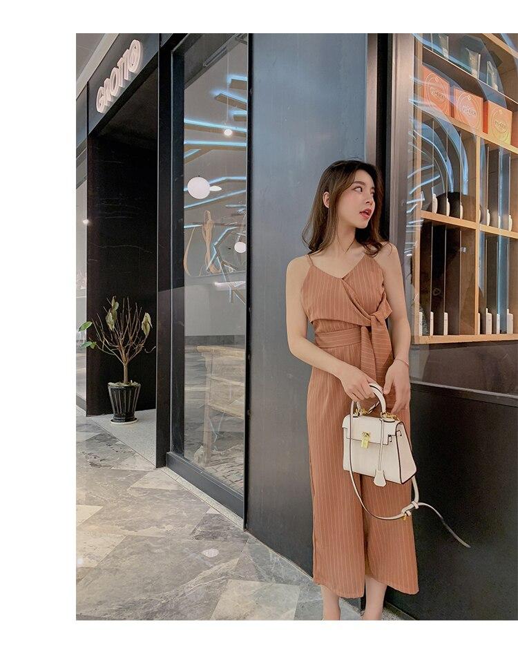 Sling Off Shoulder Sleeveless Striped Jumpsuit 2019 New Fashion V-Neck High Waist Nine Points Wide Leg Jumpsuit Summer 19