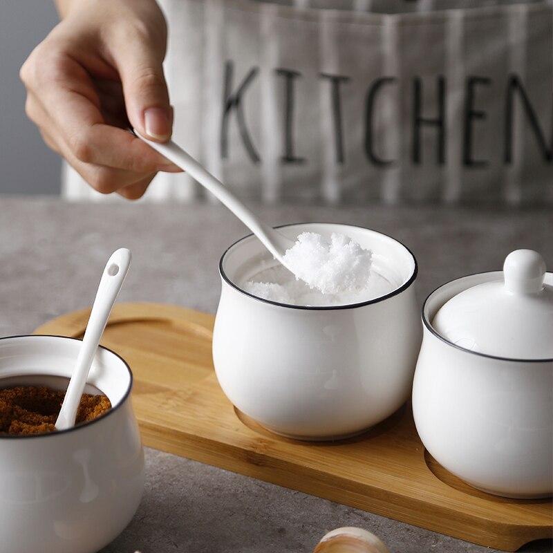 3Pcs Spice Jar Seasoning Can <font><b>Sugar</b></font> Bowl With Lid Ceramic Seasoning Box Kitchen Tool Salt Storage Box Kitchen Condiment Box JJ212