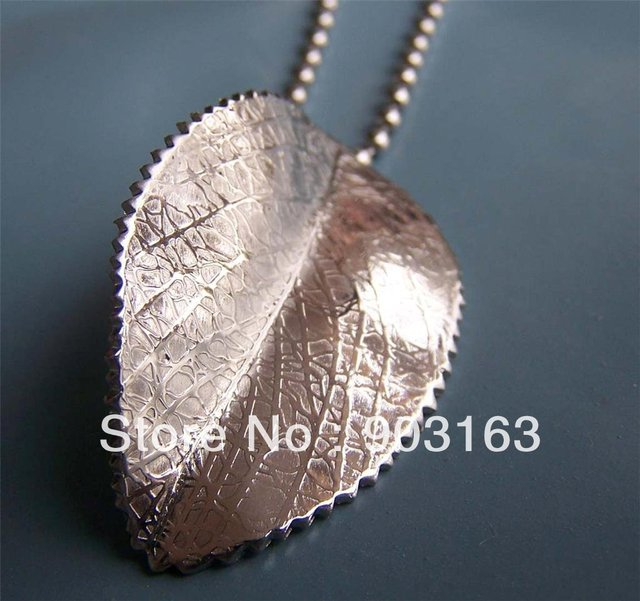 Wholesale Popular hot sell Guaranteed 100% New 316L Stainless Steel  Leaves Pendant free Chain + free shipping