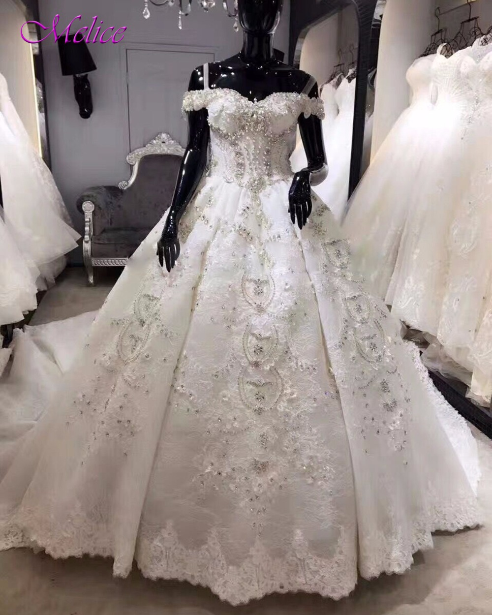 ad46aa87a0d Fmogl Очаровательная Милая Жемчуг Кристалл бальное платье Свадебные платья  2019 аппликации кружево Часовня поезд невесты Vestido de Noiva