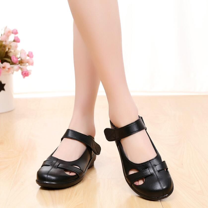 fashion Hollow out Genuine leather sandals flat summer shoes Soft bottom Women comfortable sandals Mother shoes flat Hole shoesfashion Hollow out Genuine leather sandals flat summer shoes Soft bottom Women comfortable sandals Mother shoes flat Hole shoes