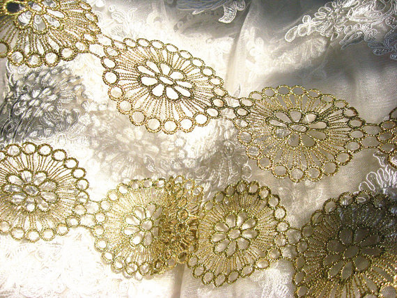 Golden crocheted trim lace bridal vintage gold round floral pattern gold venise lace trim by 10yards