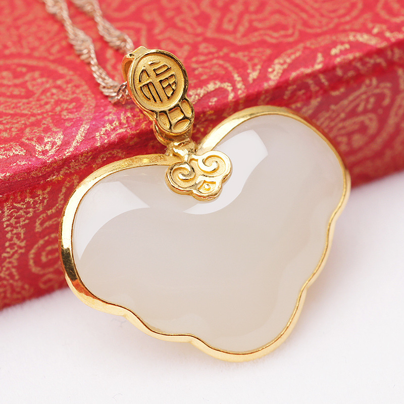 2019 Hot Sale Real Manufacturers Selling Gold Jewellery Heart-shaped Hetian Jade Pendant Chinese Wind 24 K Alo Bats Fu Sautoir