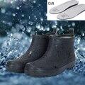 2017 nueva venta de corto botas de lluvia de goma negro hombre jardín chanclos botas de invierno botas de pesca para Los Hombres de peso ligero