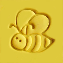 Handmade Cute Bee Design Resin Soap Stamp Homemade Tools DIY Sugarcarft Candy Candle Making Kits