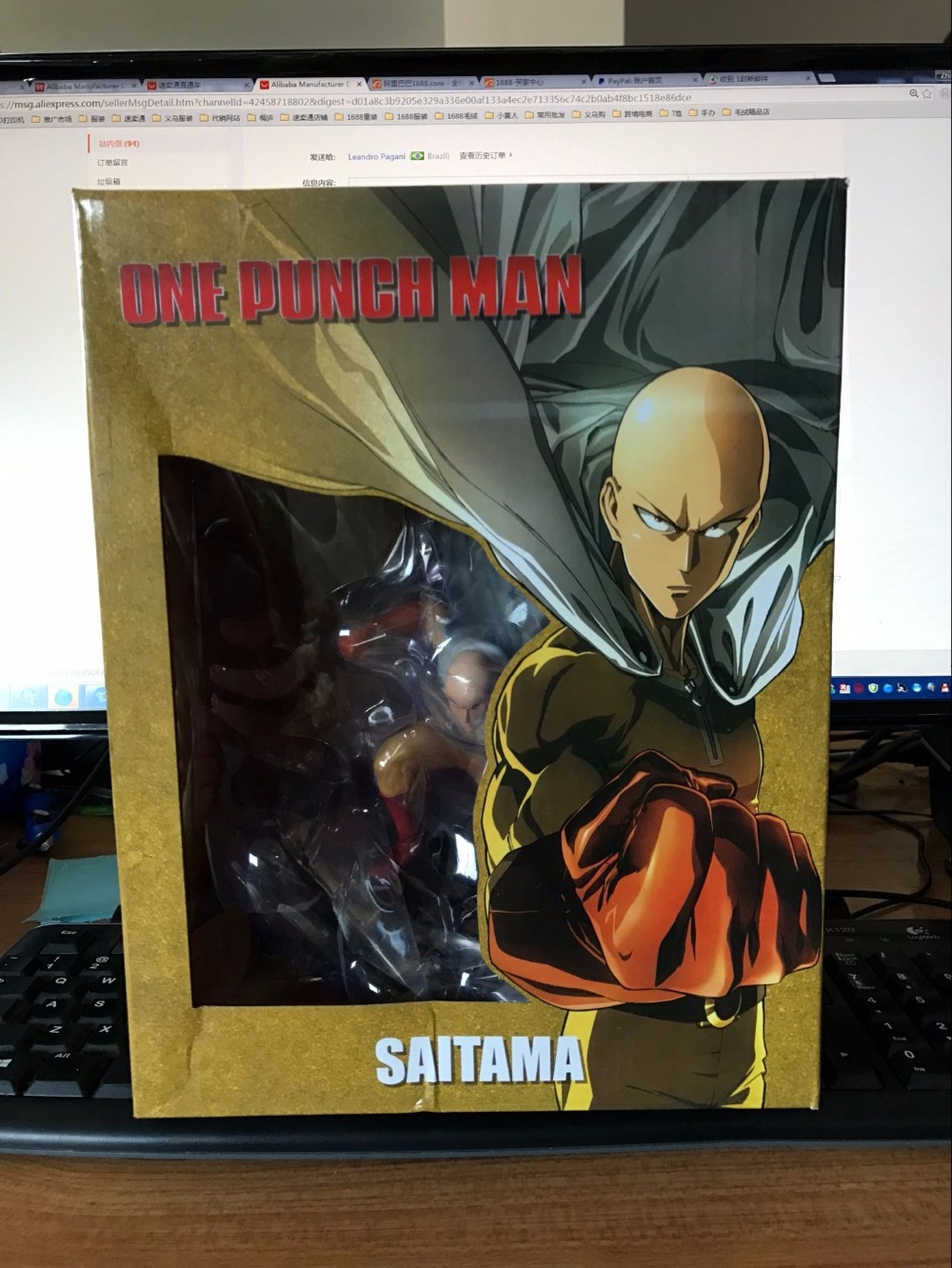 Figure One Punch Man in Box