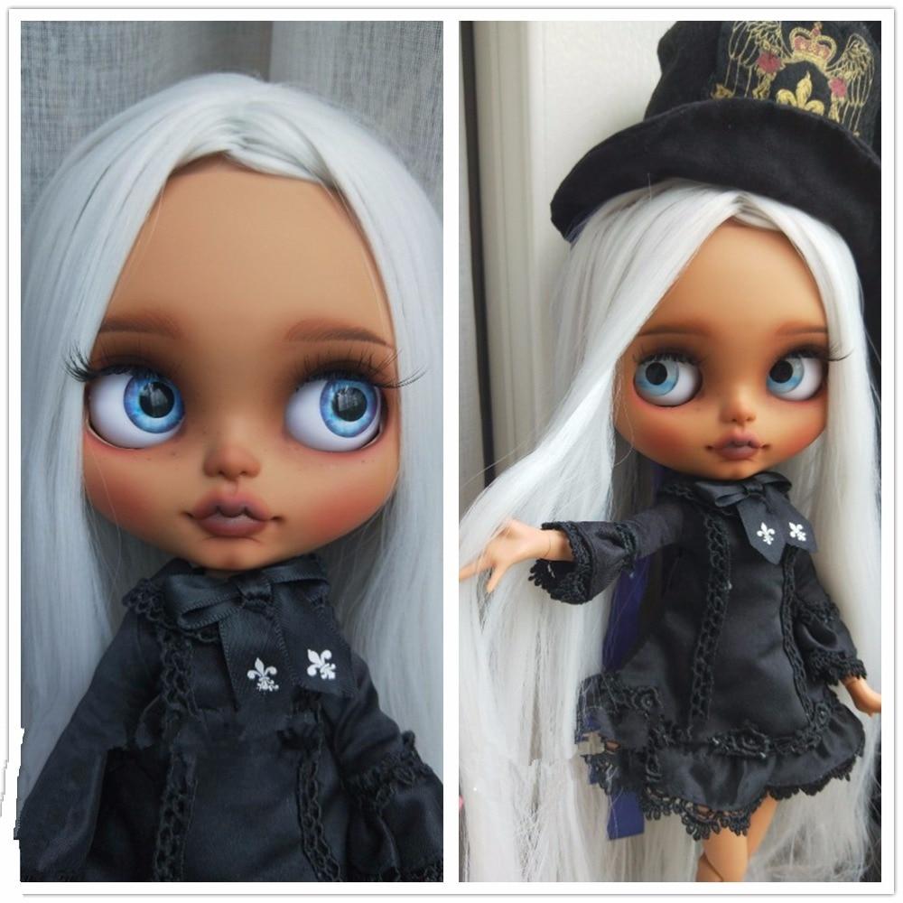 factory blyth doll grey silver hair with bangs tan skin dark skin super black skin normal