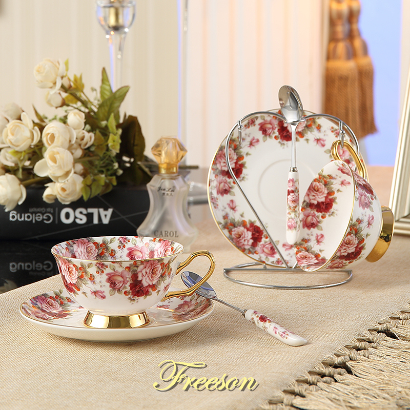 British Pastoral Bone China Tea <font><b>Cup</b></font> Saucer Spoon Holder Set Romantic Lover Ceramic <font><b>Coffee</b></font> <font><b>Cup</b></font> Europe Valentine <font><b>Porcelain</b></font> Teacup image
