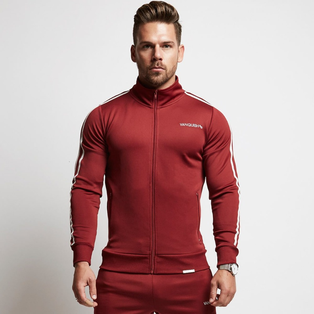 In 2018, the new fitness muscle brother VQ sleeves, a printed bodysuit, the autumn winter collar suit man.