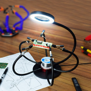 Image 5 - NEWACALOX מלחם מחזיק USB LED אורות 3X מגדלת זכוכית 6 pcs גמיש זרועות הלחמה תחנת שלישי יד ריתוך כלי