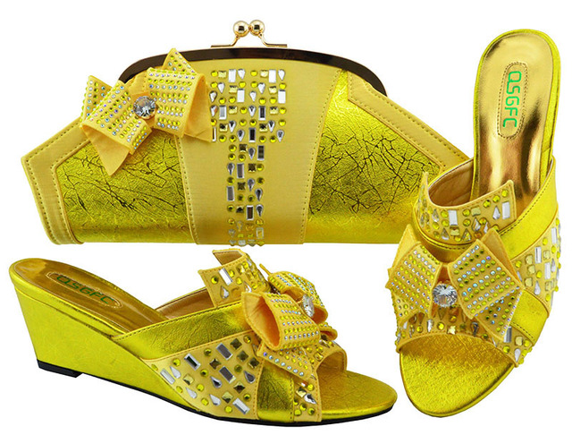 New Arrival Yellow Color Italian Shoes with Matching Bags Set Decorated with Rhinestone Nigerian Women Wedding Shoes MM1072