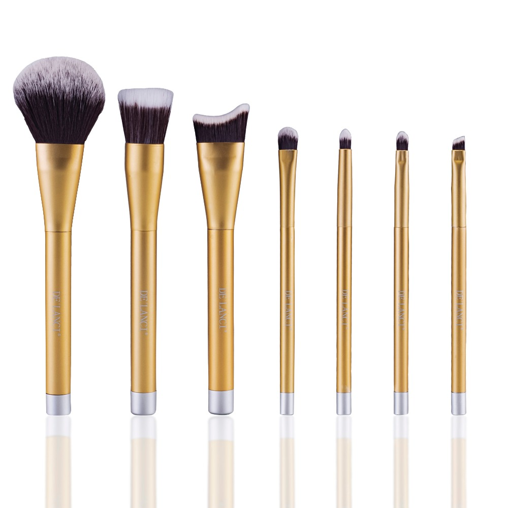 DE'LANCI 7Pcs Professional Makeup Brushes Set  Contour Foundation Blusher Powder Eyeshadow Blending Eyebrow Brushes Gold Case