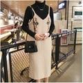 Корейский Новый Зимний Милый Цветок Вышивка Чулок Midi Dress Молодые Дамы V Шеи Спагетти Ремень Прямо Dress Ретро платье