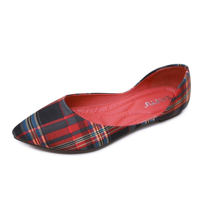 Nouveau cuir National femmes chaussures fleur tissu bohème plat pointu grande taille chaussures femmes grande taille Zapatillas Mujer décontracté