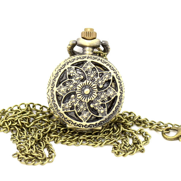 2014 Fashion Hot Selling Star Cheap Vintage Flower Hollow Out Alloy Pocket Watch Xmas Gift P545