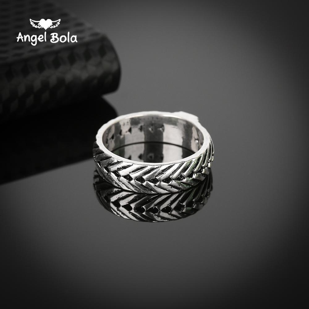 Мужское кольцо в стиле ретро