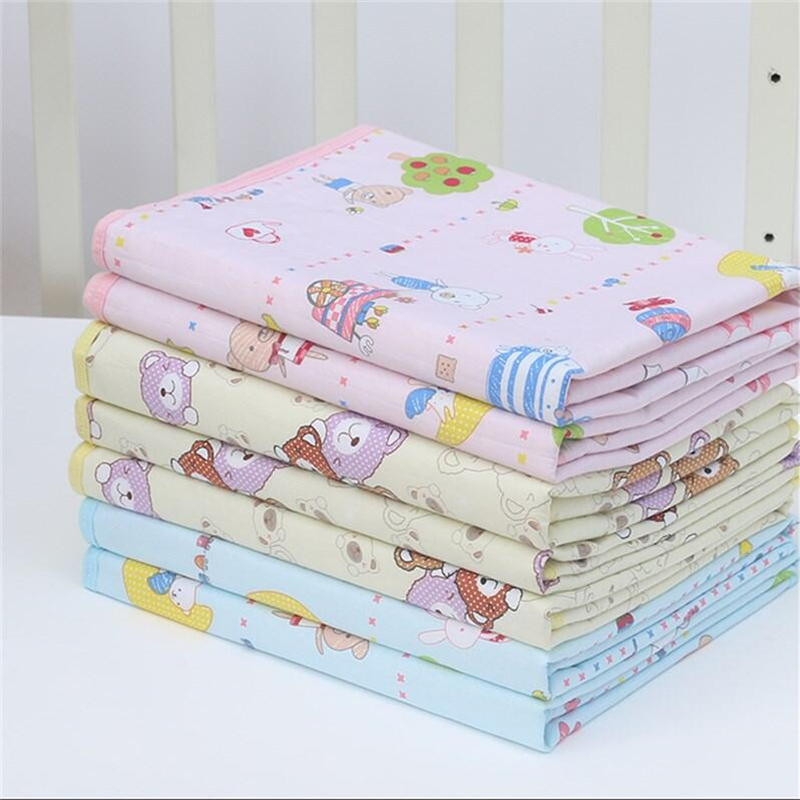 4 Size Baby Infants Cotton Mat Burp Travel Washable Diaper Pad Reusable Urine Pad Waterproof Mattress Protector Changing Pad travel games pad
