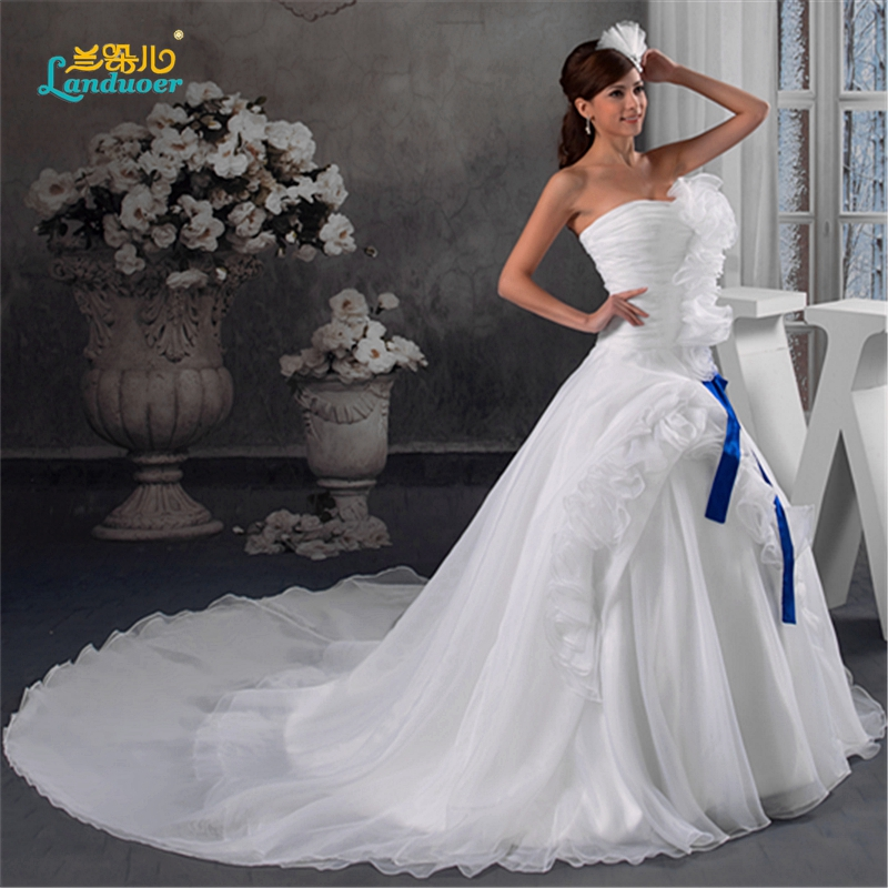 Free shipping Elaborate Noble handmade flower strapless ball gown ...