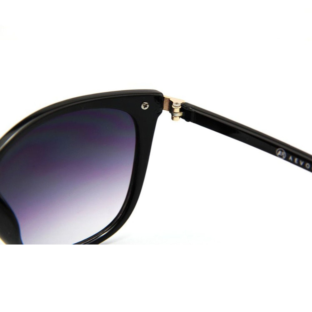 Cat Eye Classic Women Sunglasses