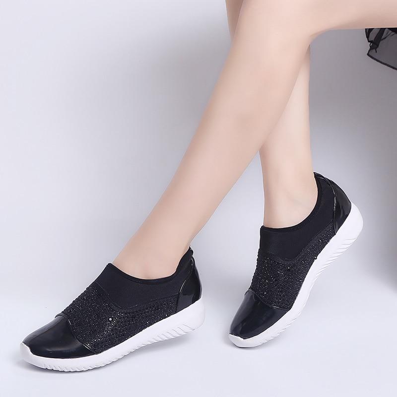 or Sur Cristaux Printemps Glissement Respirant Mode Chaussures Été Dames Taille De rouge Femmes Confortable Des Noir Casual 2019 Plat Sneakers Mocassins 44 qxwzO7dqR