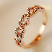 2018fashion Rose Gold Love Ring Crystal Wedding Cube Engagement Ring Women Tail Ornament Anillos Mujer rings Gift jewelry trendy crystal ring wedding rings for women jewerly engagement ring rose gold rings female party jewelry gifts anillos mujer d40