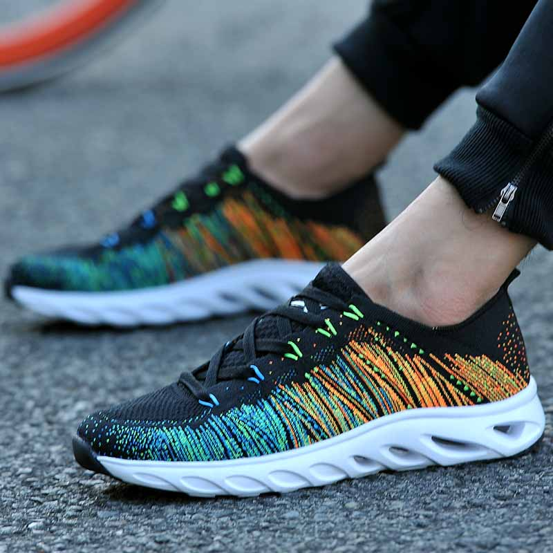 Summer running shock absorber outdoor breathable mesh travel mens sports shoes fly line student shoes