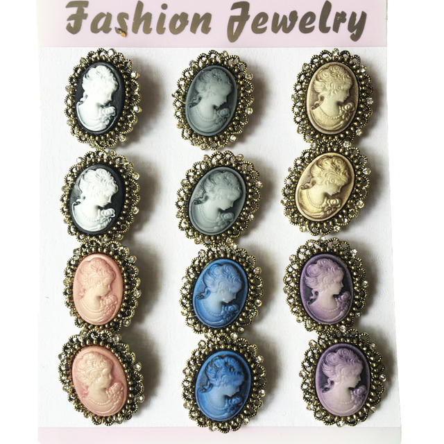 Antique gold Vintage Brooch Pins Female Brand Jewelry Queen Cameo Brooches  Rhinestone For Women Christmas Gift 12pcs lot b815c924e7b9