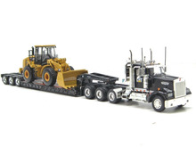 Norscot 55208 Caterpillar Cat KENWORTH W900 triaxle with 950H Diecast 1:50