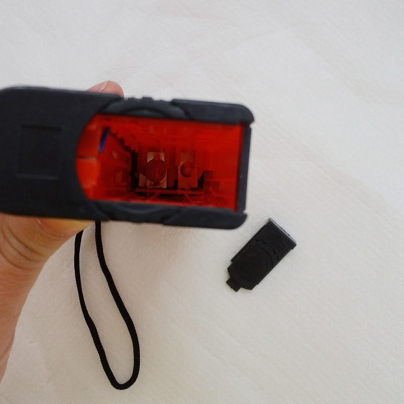 Hand-Held 320-365NM Wavelength Ultraviolet Diagnostic Wood Lamp UV Skin Analyzer +flashlight Function