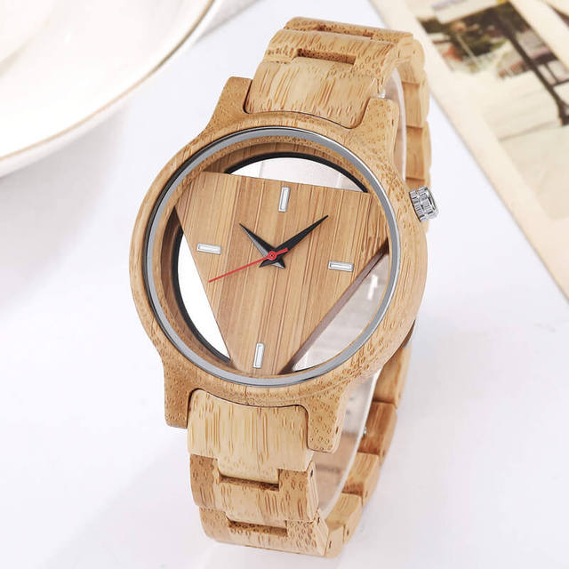 Mens Wooden Watches Hand-Made Engraved Inverted Triangle Wood Watch Men Women Creative Quartz Watch Gifts relogio masculino 1