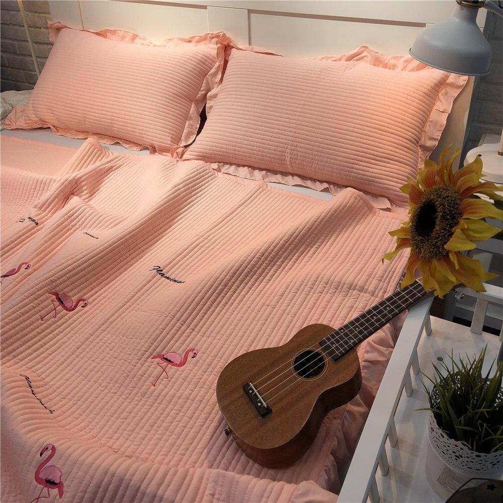 Couvre lit flamant rose couvre lit à volants Jacquard couvre lit rose princesse couvre lits à rayures roi matelassé couverture de couette d'été-in Couvre-lit from Maison & Animalerie    3