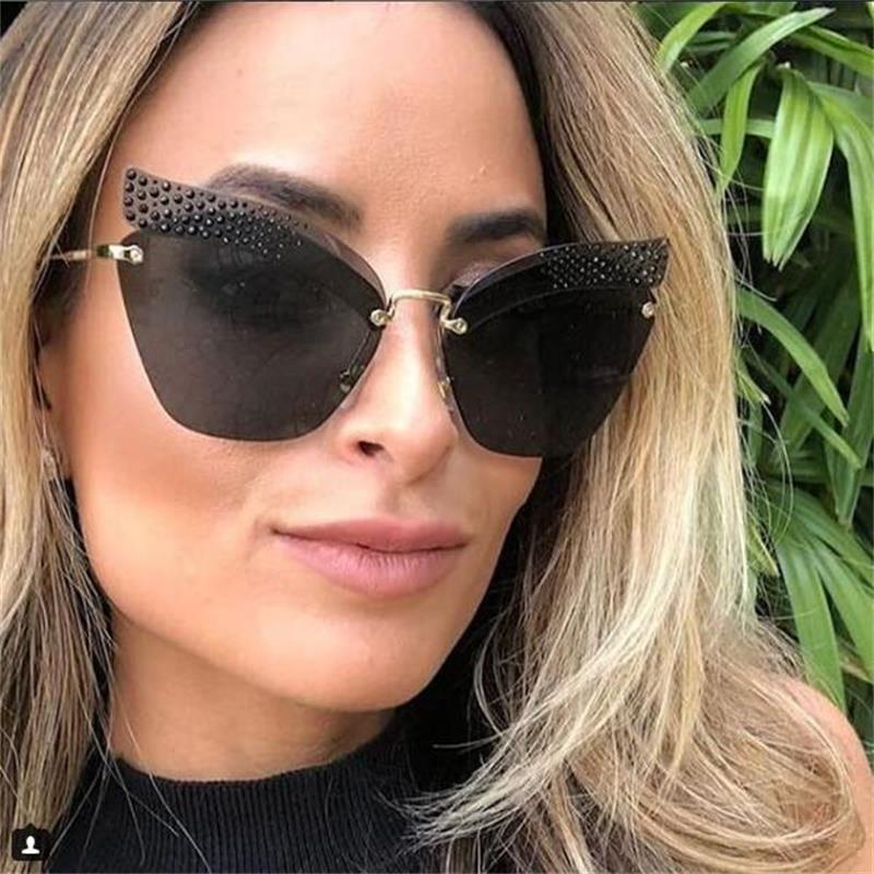 Celebrity Fashion Stylish Gold Rhinestone High-End Designer Cat Eye Sunglasses