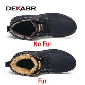 Image 2 - DEKABR 2020 أحدث الخريف الشتاء الكاحل الأحذية الدافئة جودة بولي PU جلد الرجال أحذية العمل غير رسمية خمر نمط الدانتيل يصل الرجال الأحذية
