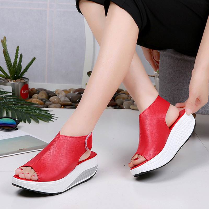 Women Running Shoes Wedges Platform Sneakers Women Shoes 2019 Fashion Breathable Solid Sport Shoes Women Sandals