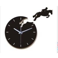뜨거운 판매 가정 장식 3d 아크릴 거울 벽시계 diy 현대 거실 정물 말 벽시계 석영 바늘 시계