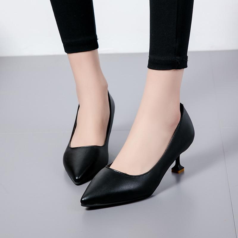 Baja De Primavera Moda Trabajo Versión Verano negro Boca Coreana Y Individuales Zapatos Beige 2019 Nueva rojo Salvaje wUB4qU
