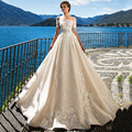 Ultra Romantic Appliques Beige Wedding Dress Long Vintage Off Shoulder Lace Chic Bridal Formal Dress Longa vestidos de Casamento
