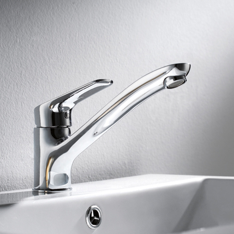 Traditional Chrome Brass Functional Swivel Rotatable Kitchen Sink Faucet / Basin Torneira Faucets Mixers & Taps (F8057-201)